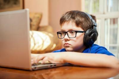 Számítógép függő a gyermekem